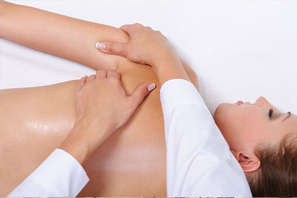 Manual Manipulative Physiotherapy atMelbourne City Physiotherapy & Sports Injury Clinic